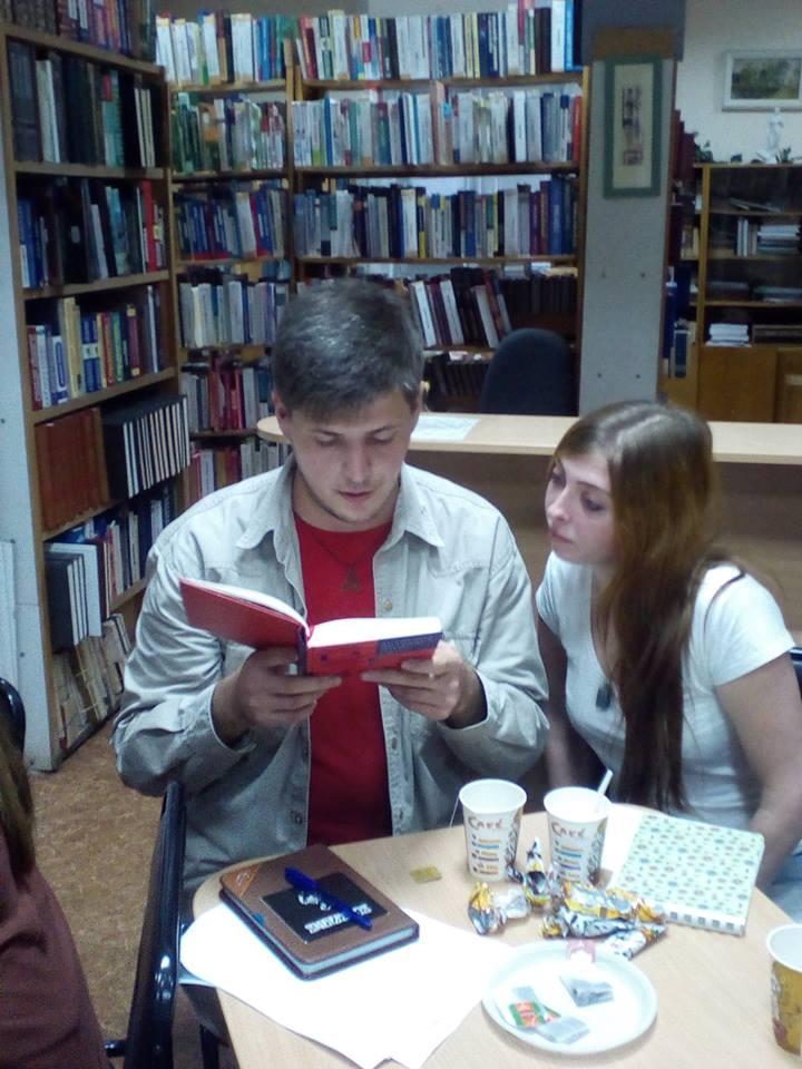 Творча молодь після літньої перерви завітала на літературну студію «Блокнот»